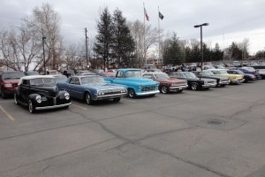 Hot Rodders turn out to honor Bill New